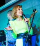 Певица Ася